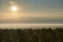 Sonnenaufgang mit Nebel über der Neiße Feuerwachturm Jerischke