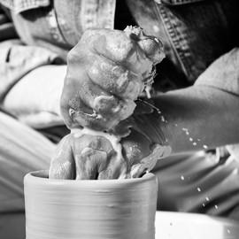 Hände Töpfern Drehscheibe