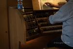 lose Noten am Orgelpult